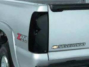 Auto Ventshade AVS 33617 Tail Light Cover