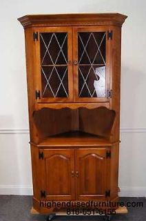 ETHAN ALLEN Heirloom Nutmeg 10 6046 Corner China Cabinet