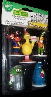 NEW WILTON VINTAGE SESAME STREET CAKE DECORATIONS FIGURE TOPPERS ERNIE