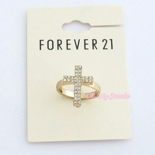 NWT FOREVER 21 CRYSTAL CROSS GOLD TONE RING RG652