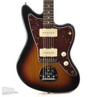 Fender Classic Player Jazzmaster Three Tone Sunburst
