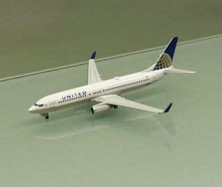 Gemini Jets 1/400 United Airlines Boeing 737 800 Winglets merged w
