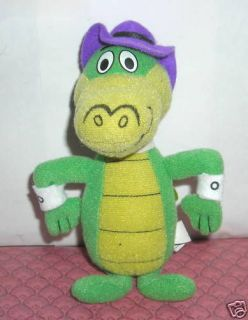 HANNA BARBERA WALLY GATOR DAIRY QUEEN 6 PLUSH TOY 2000