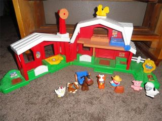 Fisher Price Little People Animal Sounds Farm in Little People (1997