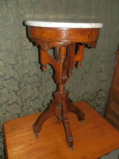 FANCY ANTIQUE VICTORIAN MARBLE TOP LAMP TABLE/PLANT STAND W/GREAT BASE