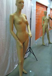 ROOTSTEIN MANNEQUINS FOR HIGH END FASHION BOUTIQUES