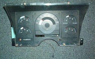 Chevrolet Chevy 1500 2500 Truck PU Instrument Cluster Speedometer 1988