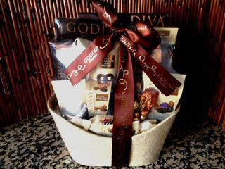 Christmas Holiday Godiva Gift Houdini Gift Basket chocolate,coff​ee