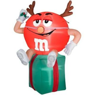Inflatable Christmas Yard Decoration NIB 5.5ft tall Lighted