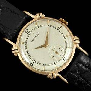 1944 Vintage JAEGER LECOULTRE Midsize Watch, Beautiful Case   14K Gold