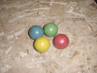 VINTAGE LOT OF 4 WOOD CROQUET BALLS YELLOW GREEN RED BLUE CHILDS SET