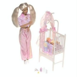 BARBIE KRISSY BEDTIME BABY MUSICAL CRIB GLOW IN THE DARK CANOPY