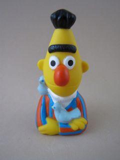 Sesame Street BERT FINGER PUPPET w/ Pigeons Bernice 3 Muppets