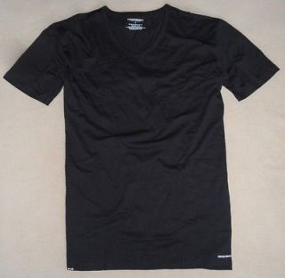 Emporio Armani Mens Cotton Logo V Neck T Shirt   size M