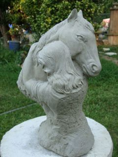 /LADY HUGGING HER HORSE NATURAL GRAY CEMENT CONCRETE GARDEN STATUE