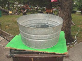 vtg galvanized no 2 wash tub rustic yard planter folk art