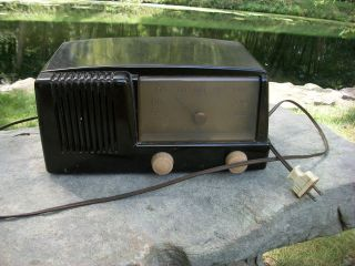 General Electric 1949 Model123 Bakelite 5 Tube Antique Radio Collect
