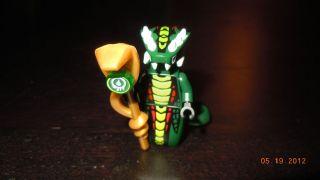 LEGO NINJAGO Mini Figures Snakes ACIDICUS General GOLDEN STAFF NEW HTF