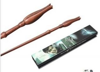 wizarding world of harry potter wand in Harry Potter