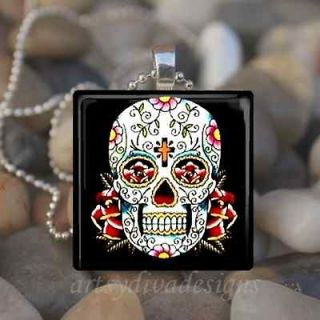 DAY OF THE DEAD DIA DE LOS MUERTOS SUGAR SKULL GLASS PENDANT NECKLACE