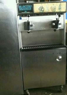Electro Freeze Soft Serve Ice Cream Machine WaterCooled 3 Phase 2