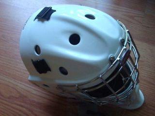 NEW 2012 Bauer Profile 940 Junior Goalie Mask White Ice Hockey JR Goal