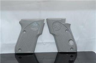 Beretta 3032 TOMCAT .32 FACTORY pistol grips Gun NEW
