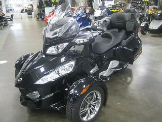 Am Spyder RT S SM5 motorcycle Can Am RT manual bike 3 wheel trike BRP