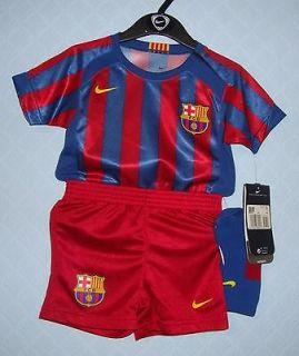 3183 NIKE BARCELONA FOOTBALL CLUB KIDS MINI KITS SIZE 9/12 MONTHS