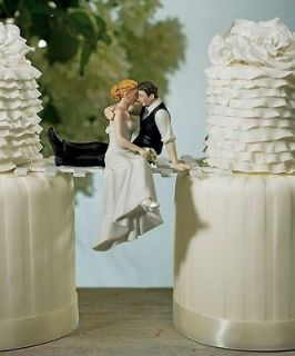 of Love Bride & Groom/Couple in Romantic Embrace Wedding Cake Topper