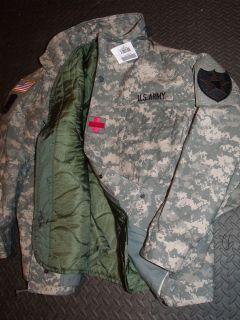 ACU MILITARY FIELD JACKET COAT M65 S,M,L,XL w. LINER M 65 w. PATCHES
