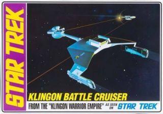 AMT 720/12 Star Trek   Klingon D7 Battle Cruiser Model Kit. (1/650)