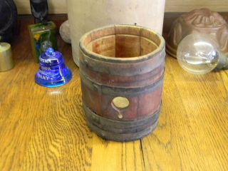 Antique 6 Tall Wood & Iron Powder Barrel 4 Bands Ruk Keg Whiskey (ES
