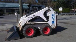 Bobcat 773 Skid Steer Loader with kubota diesel engine and bucket