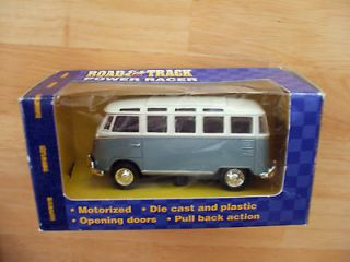 Maisto Road & Track Volkswagen Transporter 21 Window Van Wal Mart
