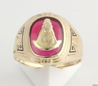 Past Master Masonic Ring   10k Yellow Gold Syn Red Spinel Masons 6.2g