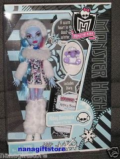 NIB Monster High Doll Abbey Bominable Abominable  Daughter of The Yeti