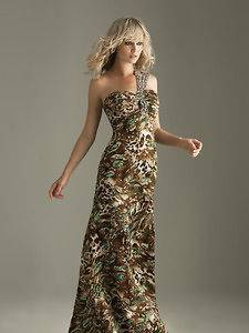 night moves prom dress in Womens Clothing