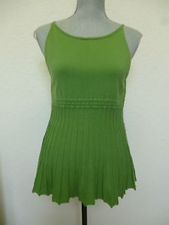 United Colors of Benetton Top Size M Green Sleeveless Blouse Womens