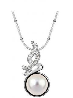 swarovski crystal necklace in Necklaces & Pendants