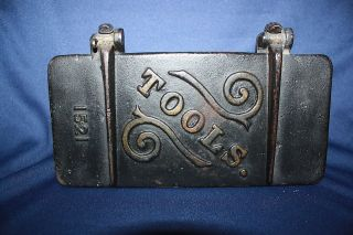 Antique Vintage Cast Iron Tools Box for Tractor Farm Implement 1521 NR