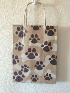 PAW PRINT CUB PAW PRINT GIFT BAGS RECYCLED MATERIAL NEW 10 1/2 X 8 X