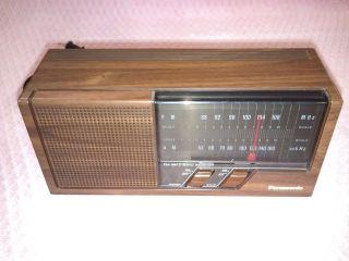 6W42 Vtg Panasonic Electric FM/AM 2 Band Receiver Radio Model RE 6266