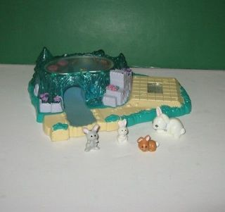 1994 Kenner Littlest Pet Shop Light Up Lily Pad Pond Park w/ Bunny