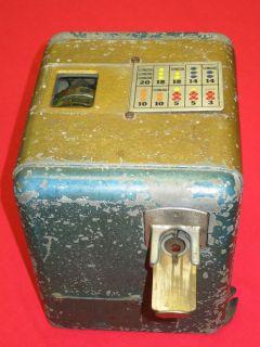1933 MILLS NOVELTY / VEST POCKET / NICKLE SLOT MACHINE