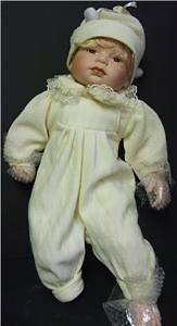 ASHLEY BELLE 6646A PORCELAIN BABY DOLL 18 YELLOW