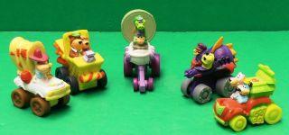 Huckleberry Hound / Yogi & Gang Wacky Roller Racer Cars Wendys