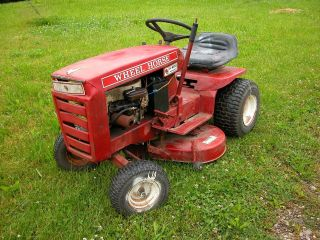 WHEEL HORSE A 800 A 800 RANGER vintage garden tractor / riding mower