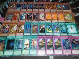 YUGIOH HOLO CHAOS DRAGON DECK RED EYES DARKNESS METAL SORCERER