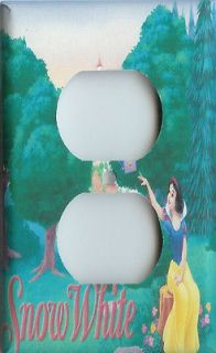 DISNEY PRINCESS SNOW WHITE OUTLET COVER SWITCHPLATE NEW